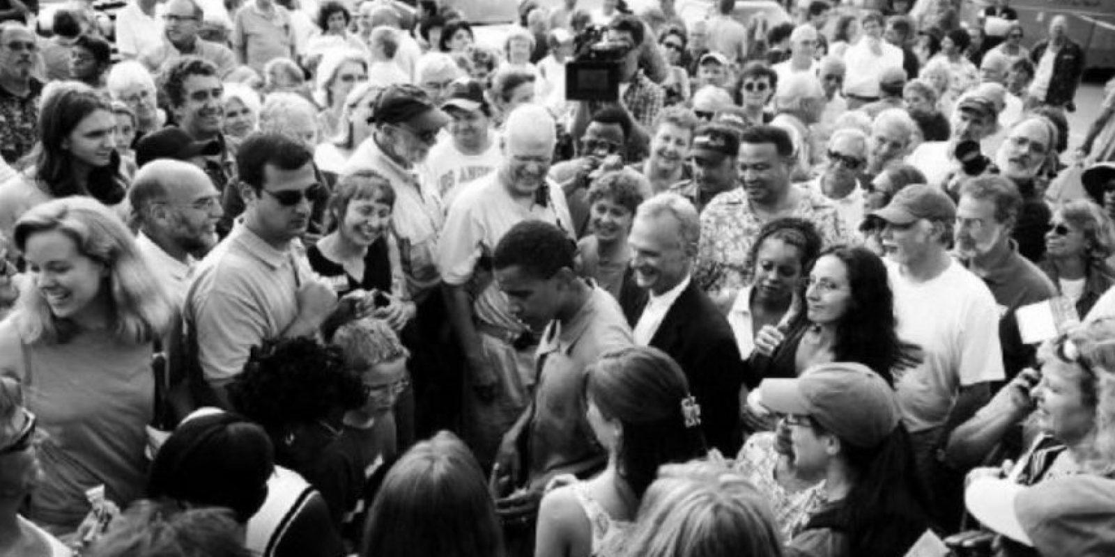 Con la que inscribió a 400 afroamericanos para que votaran en Illinois Foto:Facebook: Barack Obama