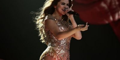 Es la nueva reina de Instagram Foto:Vía instagram.com/selenagomez/
