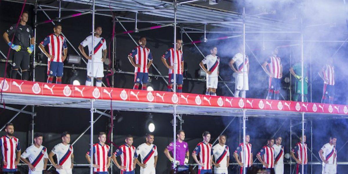 Más de 100 mil personas vieron la presentación de la playera por Chivas TV
