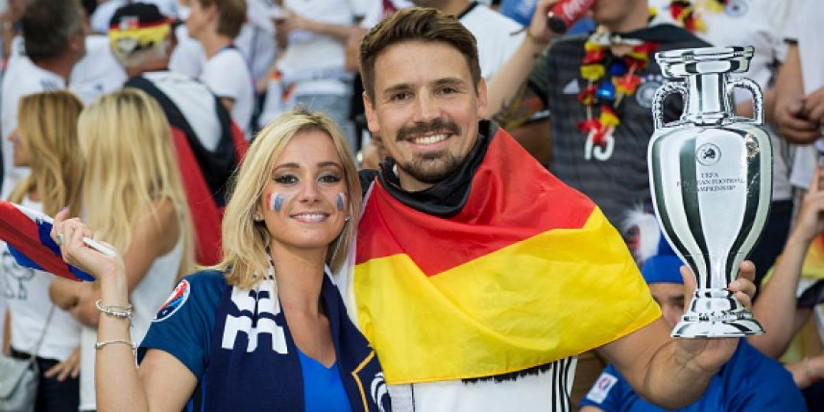 FOTOS: Las bellas aficionadas del Alemania-Francia