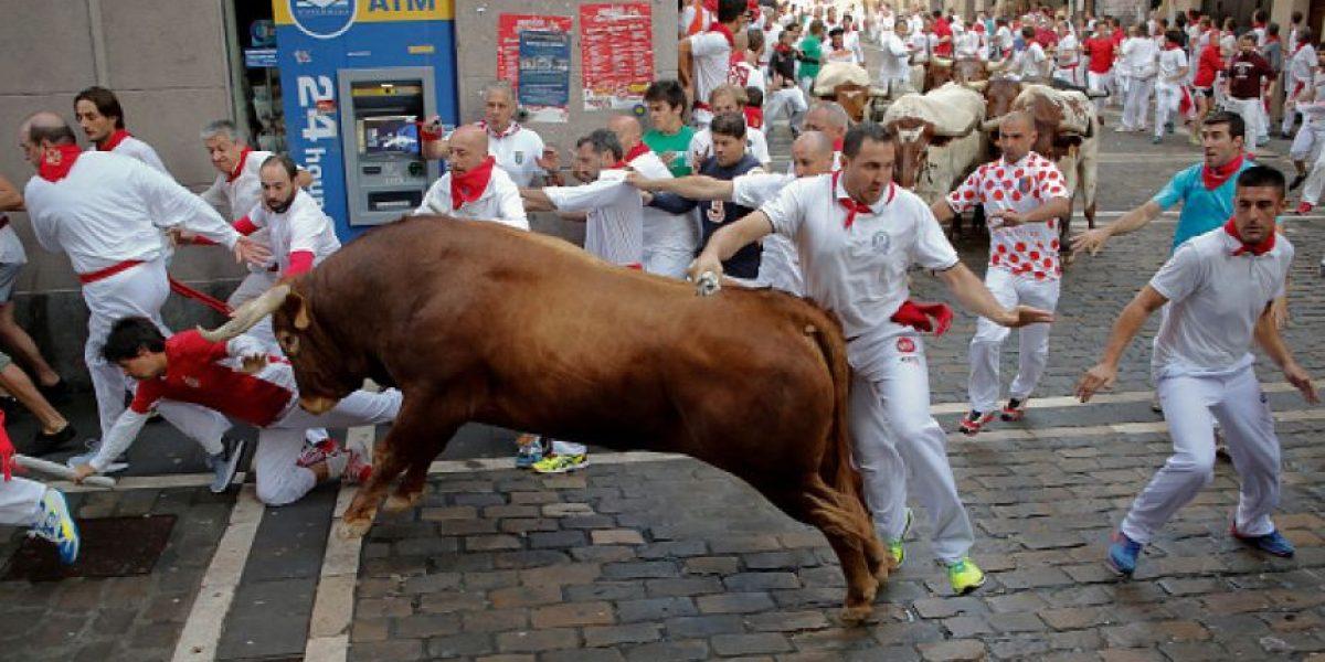 Seis heridos por asta de toro en el segundo encierro de San Fermín