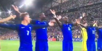 Los galos festejaron exactamente igual que los eliminados islandeses. Foto:Captura de pantalla