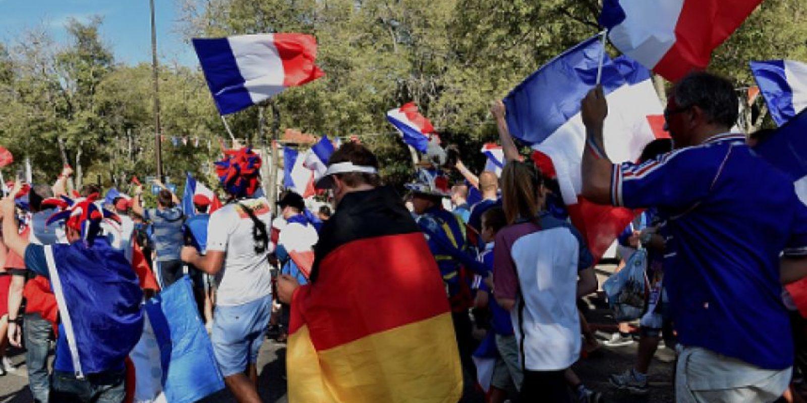 Muere aficionado de Francia tras una riña en la victoria sobre Alemania Foto:Getty Images