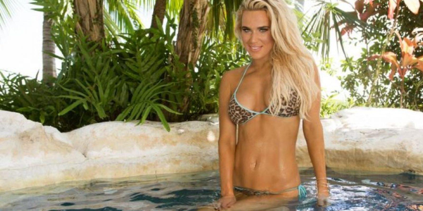 Así fue la sesión de fotos de Lana en Hawái Foto:WWE