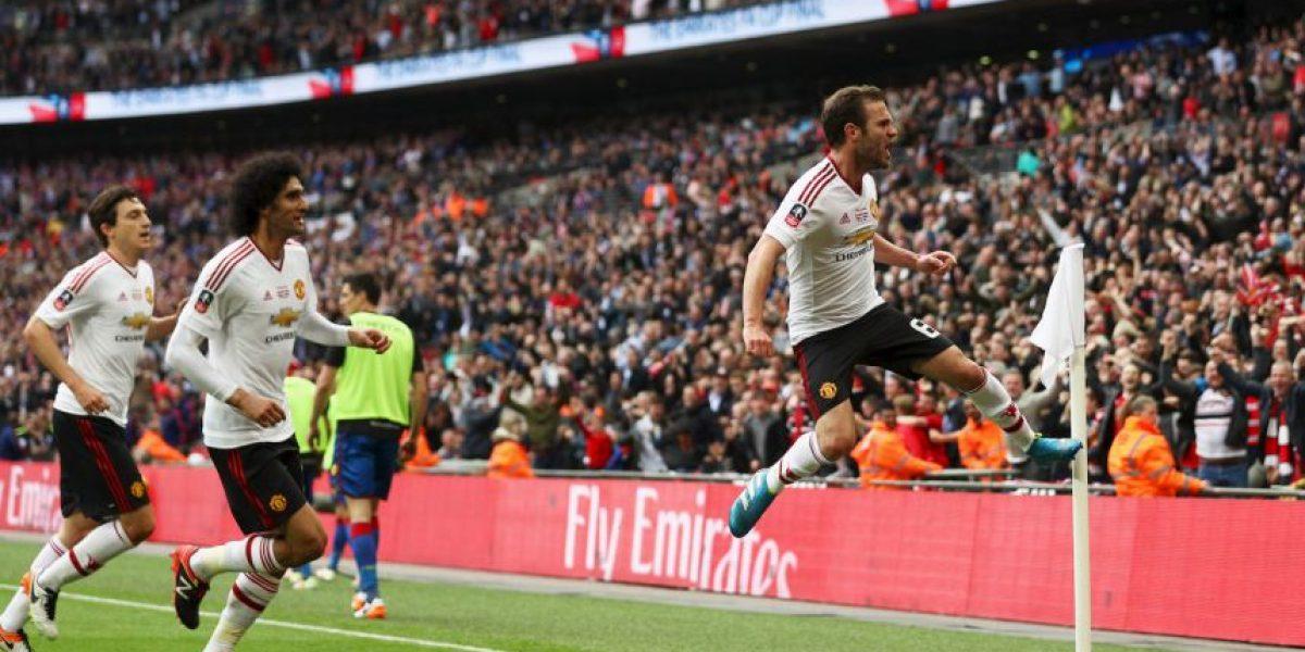 Juan Mata puede darle el primer gran problema a Mourinho