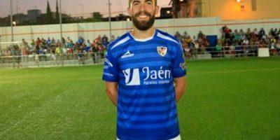 Fran Carles sufrió el golpe de una pesa en el muslo Foto:Sitio web Linares Deportivo