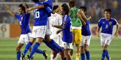 En Asia también se ha dado que una selección pierda una definición en casa y así fue como Japón venció a China en la Copa de Asia. En 1996, Arabia Saudita venció a Emiratos Árabes Unidos Foto:AFP