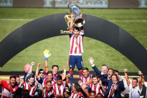 Chivas inició con el pie derecho la segunda mitad del 2016. Foto:Mexsport