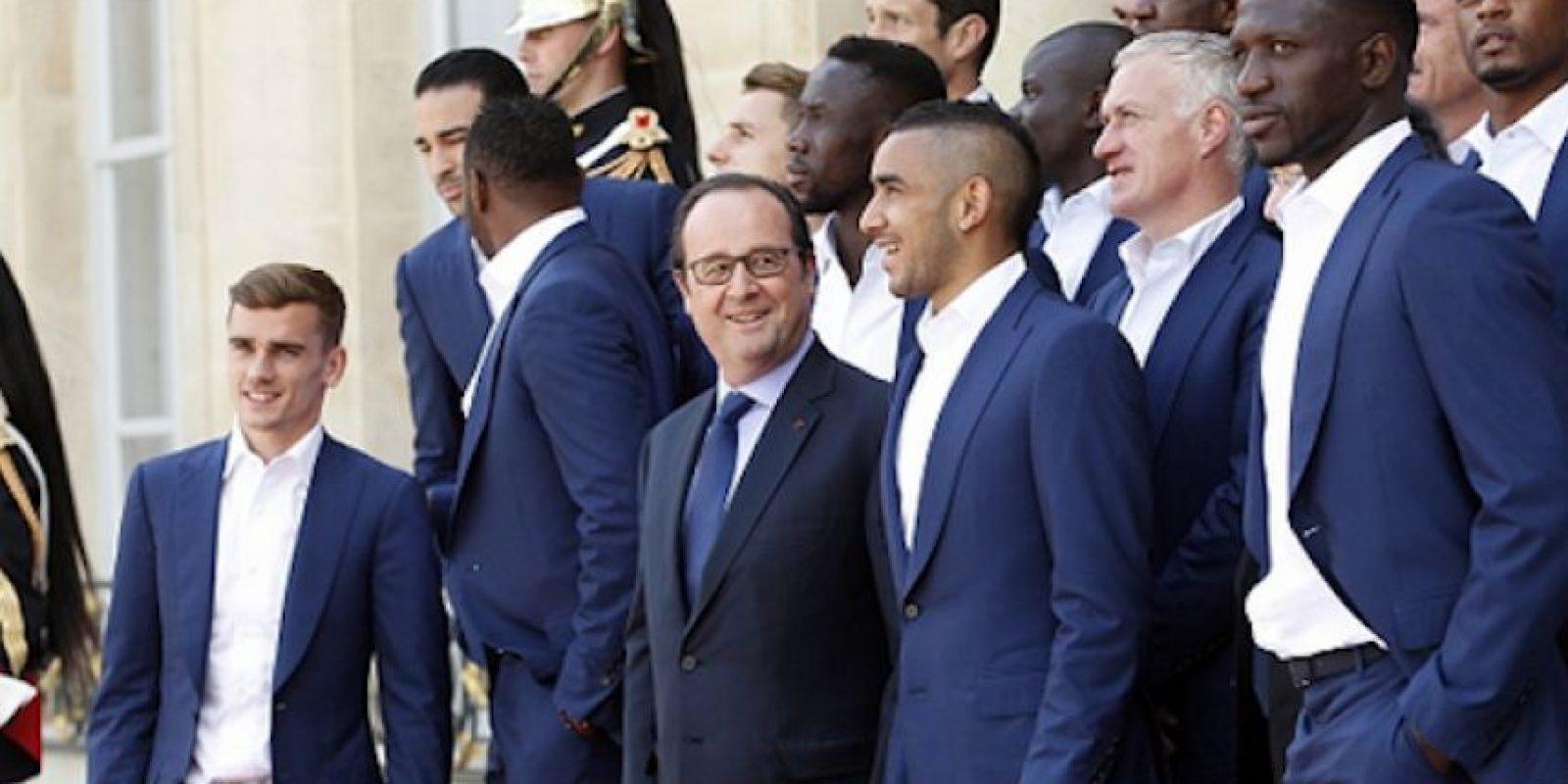 Francois Hollande reconoció el esfuerzo de los seleccionados galos. Foto:Getty Images