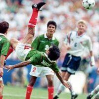 Sus espectaculares 'chilenas' cautivaron al mundo del futbol. Foto:Twitter