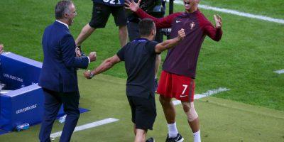 Cristiano Ronaldo saltó, caminó y gritó al borde de la cancha Foto:Getty Images