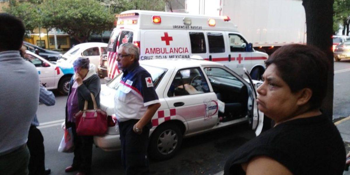 VIDEO: Muere hombre en la entrada de la Clínica 5 del IMSS
