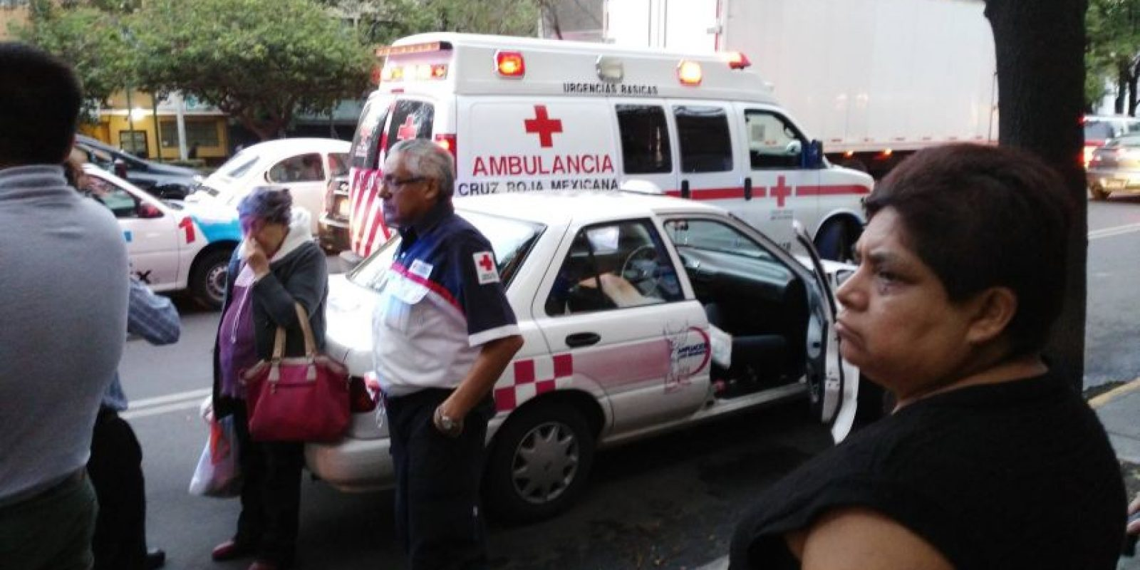 El hombre falleció al interior del taxi que lo transportaba Foto:Facebook Belen Ga