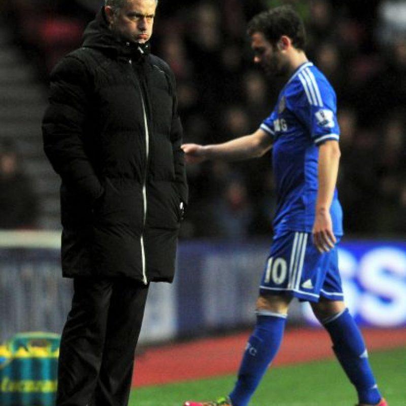 Cuando compartieron en Chelsea, el jugador sólo duró cinco meses en el club y fue vendido a Manchester United Foto:AFP