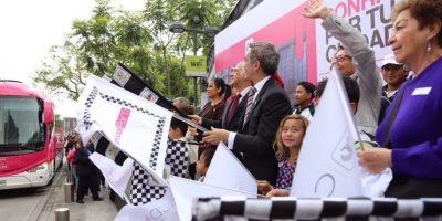 """El Jefe de Gobierno del Distrito Federal, Miguel Ángel Mancera, dio banderazo al programa """"Sonrisas por tu ciudad"""" Foto:@ManceraMiguelMX"""