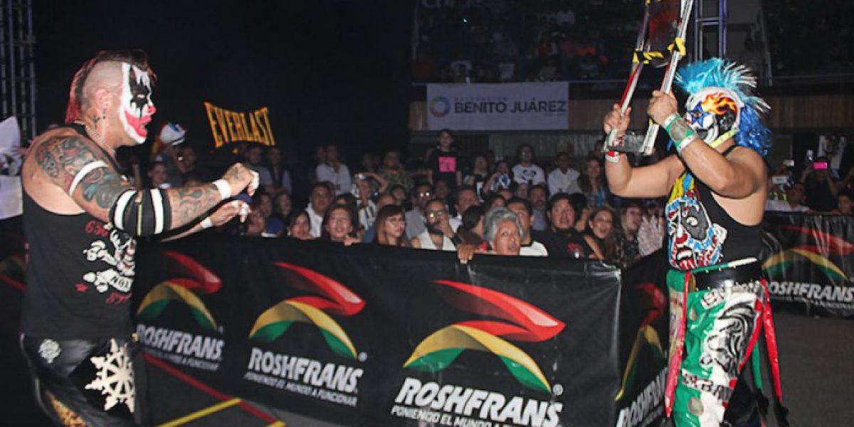 Psycho Clown y Pagano, máscara contra cabellera en Triplemanía