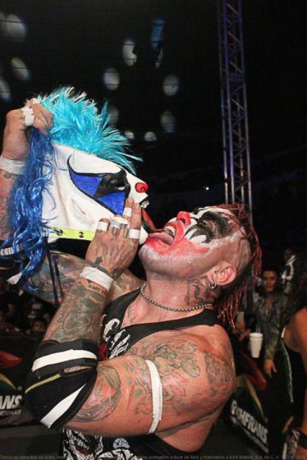 Psycho Clown y Pagano, máscara contra cabellera en Triplemanía Foto:AAA
