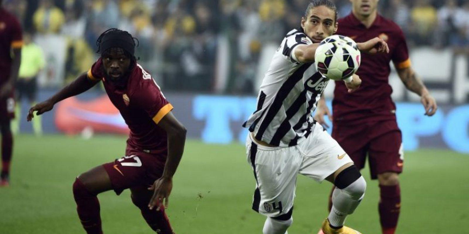 Martín Cáceres: Las lesiones le han pasado la cuenta en el último tiempo y perdió su lugar en la Juventus, donde no renovó contrato. El charrúa, habitual de su selección, ahora busca club Foto:AFP