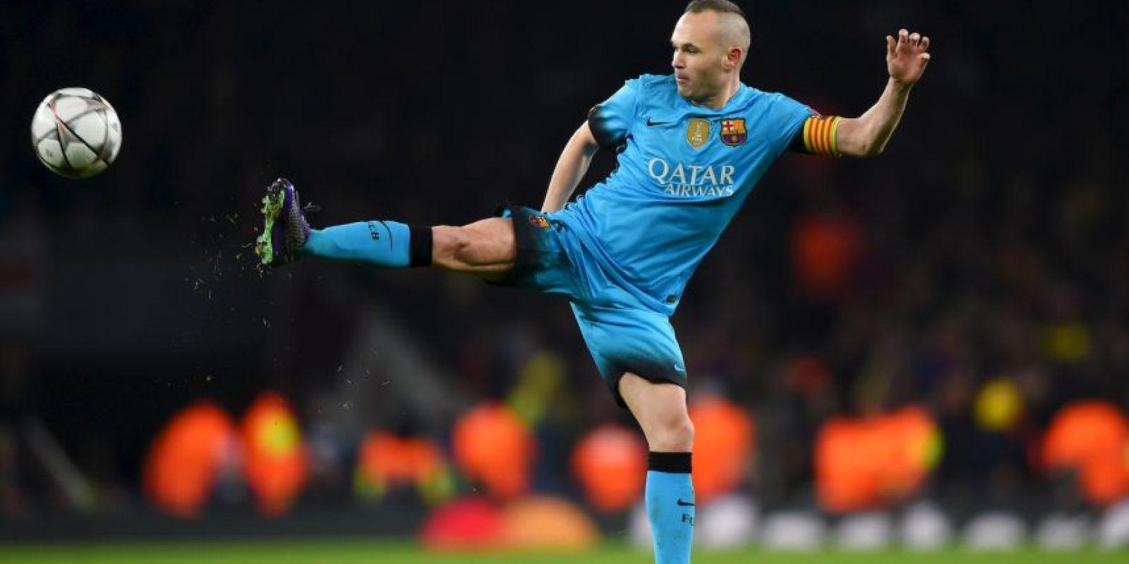 Andrés Iniesta es el cerebro y capitán de Barcelona, pero de su club quedaron elegidos Luis Suárez y Neymar Foto:Getty Images