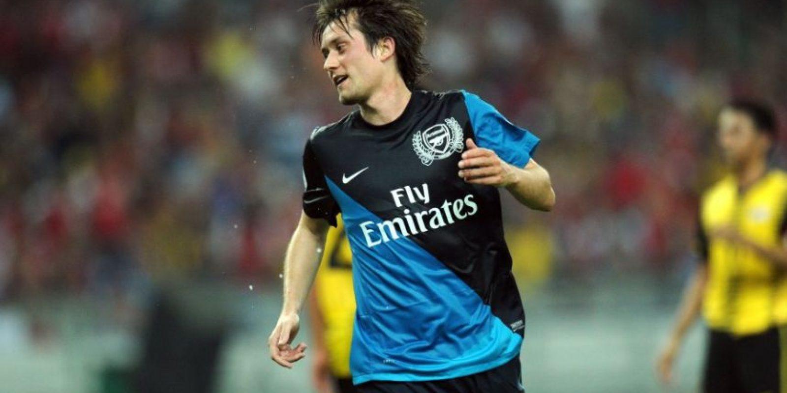 Tomas Rosicky: Luego de diez temporadas en Arsenal, no renovó contrato con los ingleses y ahora busca club. el talentoso volante checo, estuvo las últimas 10 temproadas en el Arsenal. Jugó la Euro 2016 con República Checa y fue el capitán Foto:AFP