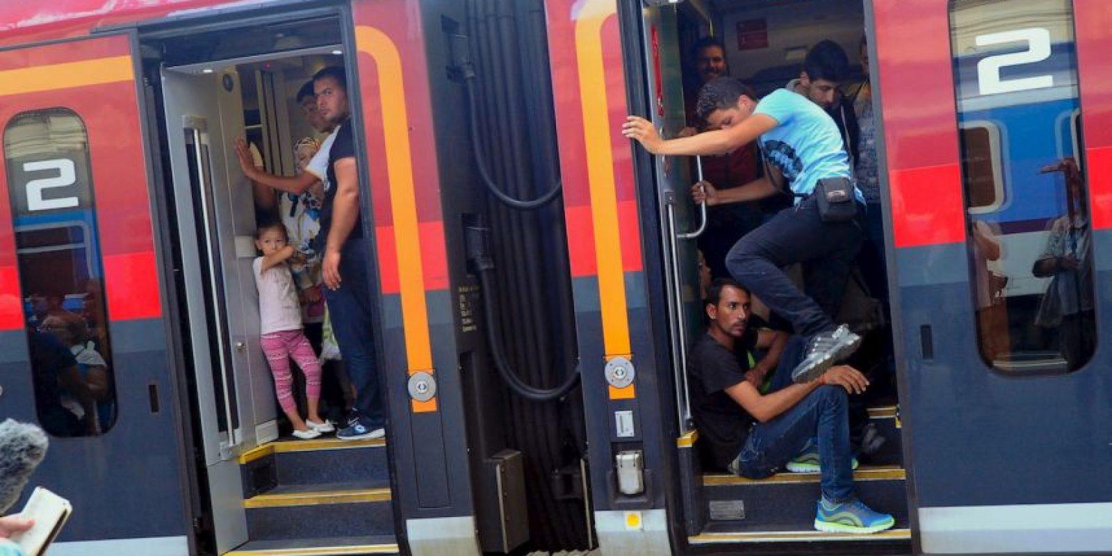 Migrantes en Macedonia. Foto:AFP