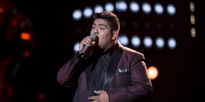 Kike García cantó Aunque ahora estés con él Foto:Televisa