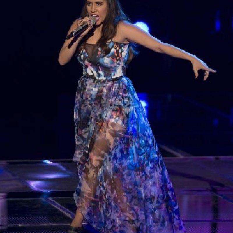 Sofía Elena cantó Sin él y ya está en la semifinal Foto:Televisa