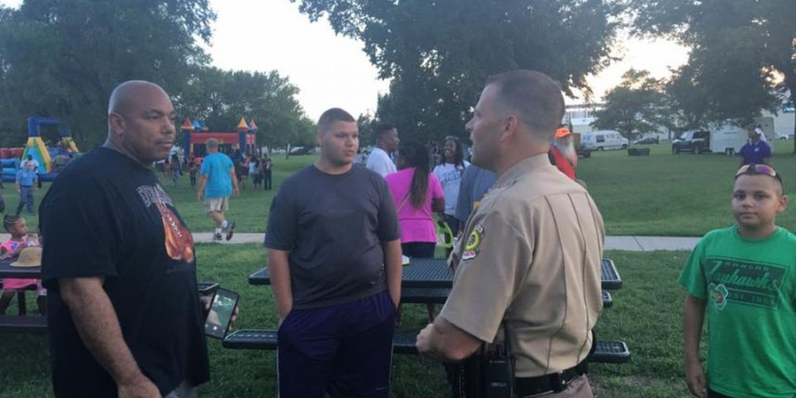 Los uniformados organizaron el encuentro Foto:Facebook.com/WichitaPolice