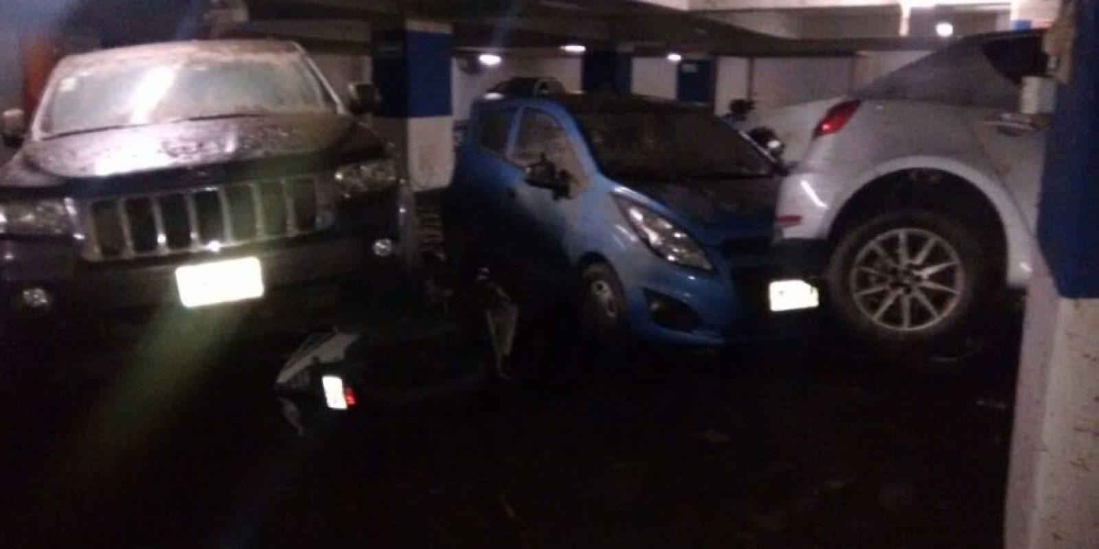 Muchos autos chocaron unos contra otros Foto:Ángel Carreón