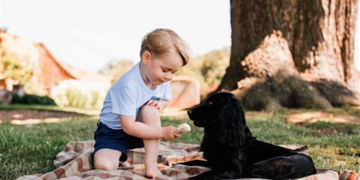 Momentos inéditos del pequeño príncipe Jorge