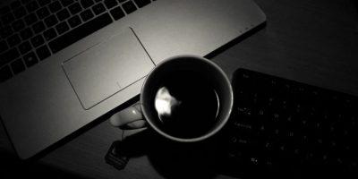 Una mujer se molestó porque le robaban la crema para el café en la oficina Foto:Pixabay.com