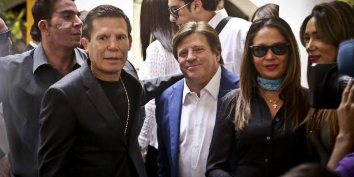 Conductora de Televisa se daba 'encerrones' con Julio César Chávez para drogarse