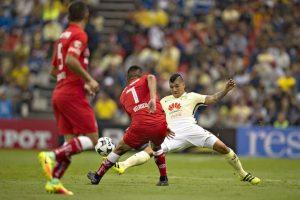 Con hat-trick de Peralta, América aplasta al Diablo Foto:Mexsport