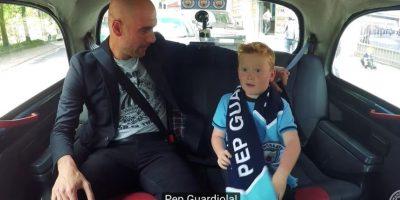 Un pequeño niño de siete años pensó que se iba a juntar con el conductor del canal oficial de Manchester City Foto:Captura de pantalla