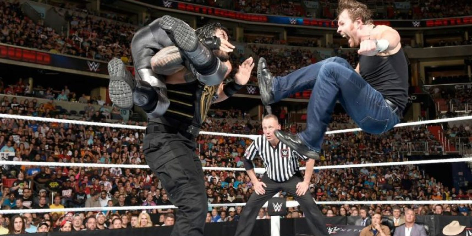 Dean Ambrose retuvo el Campeonato de WWE ante Seth Rollins y Roman Reigns Foto:WWE