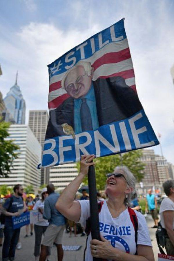 Los seguidores de Bernie Sanders se manifiestan en Filadelfia Foto:Getty Images