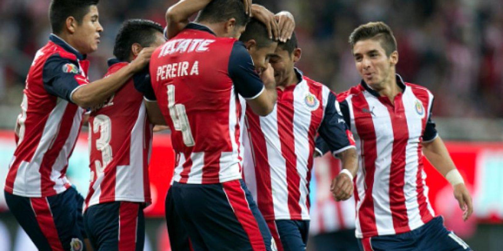 Aficionados de Chivas insultan a americanista en el juego ante Monterrey Foto:Getty Images