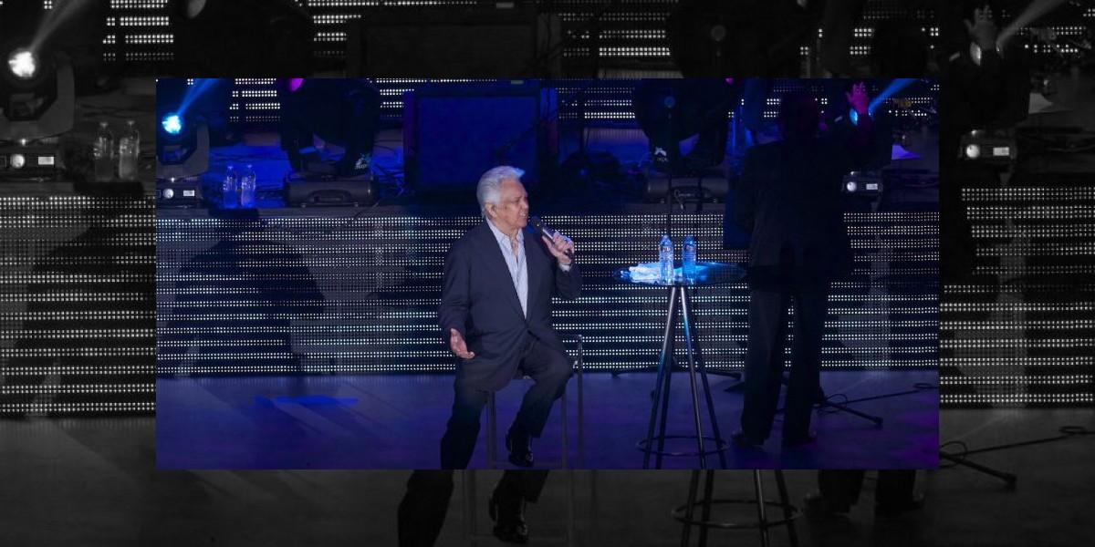 Alberto Vázquez cancela shows por parálisis facial