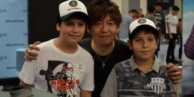 Además de la conferencia, Naoki Yoshida convivió con los fans de la saga. Foto:Luis Ángel Aguilar Cruz