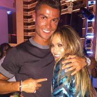 En el cumpleaños de Jennifer Lopez Foto:Vía instagram.com/cristiano