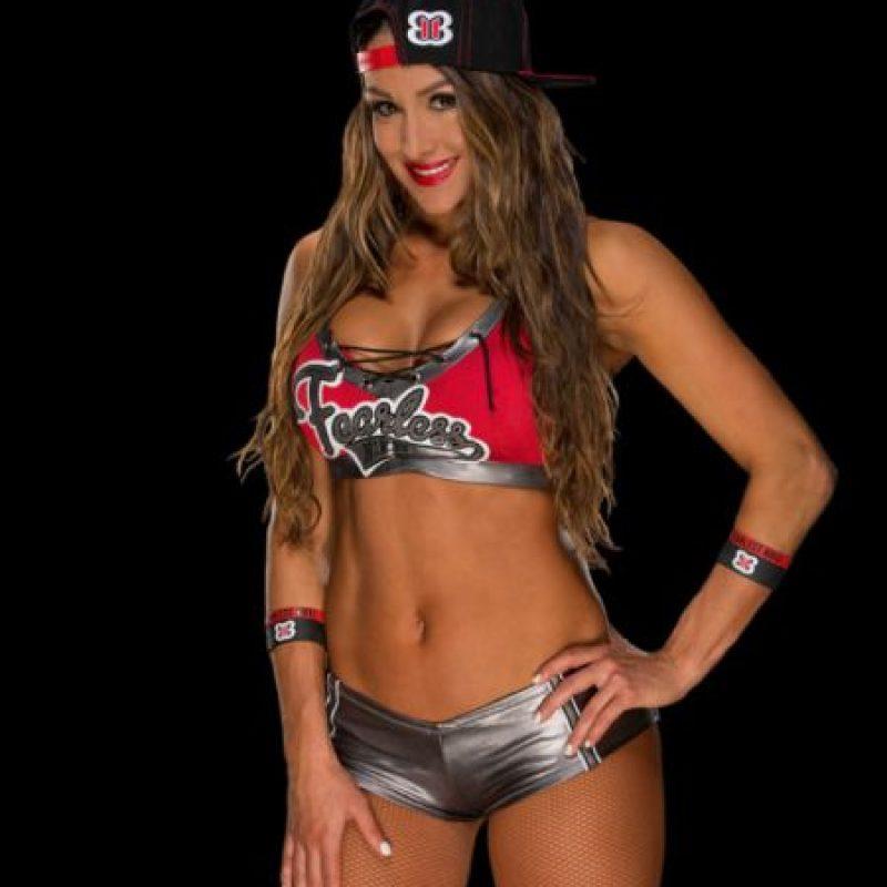 Nikki Bella. Espera hacer su regreso en los próximo días, luego de una fuerte lesión en el cuello Foto:WWE