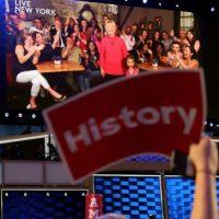 Hillary Clinton podría ser la primera mujer presidente de la historia estadounidense. Foto:vía MWN