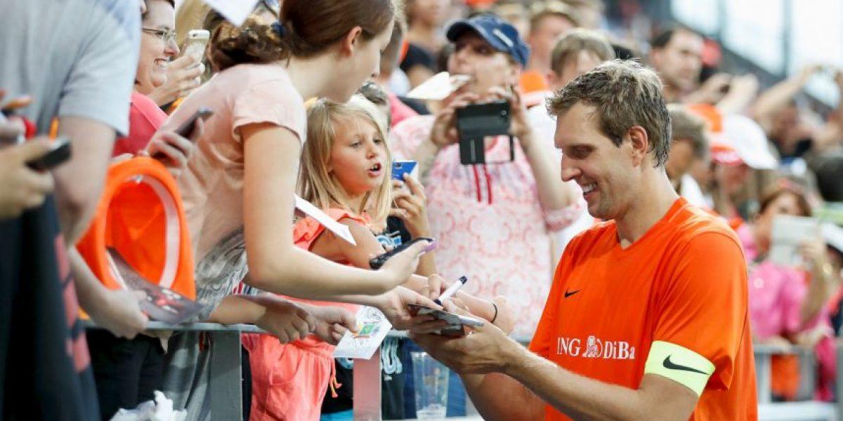 Dirk Nowitzki se burla del penal fallado por Zaza en la Euro 2016