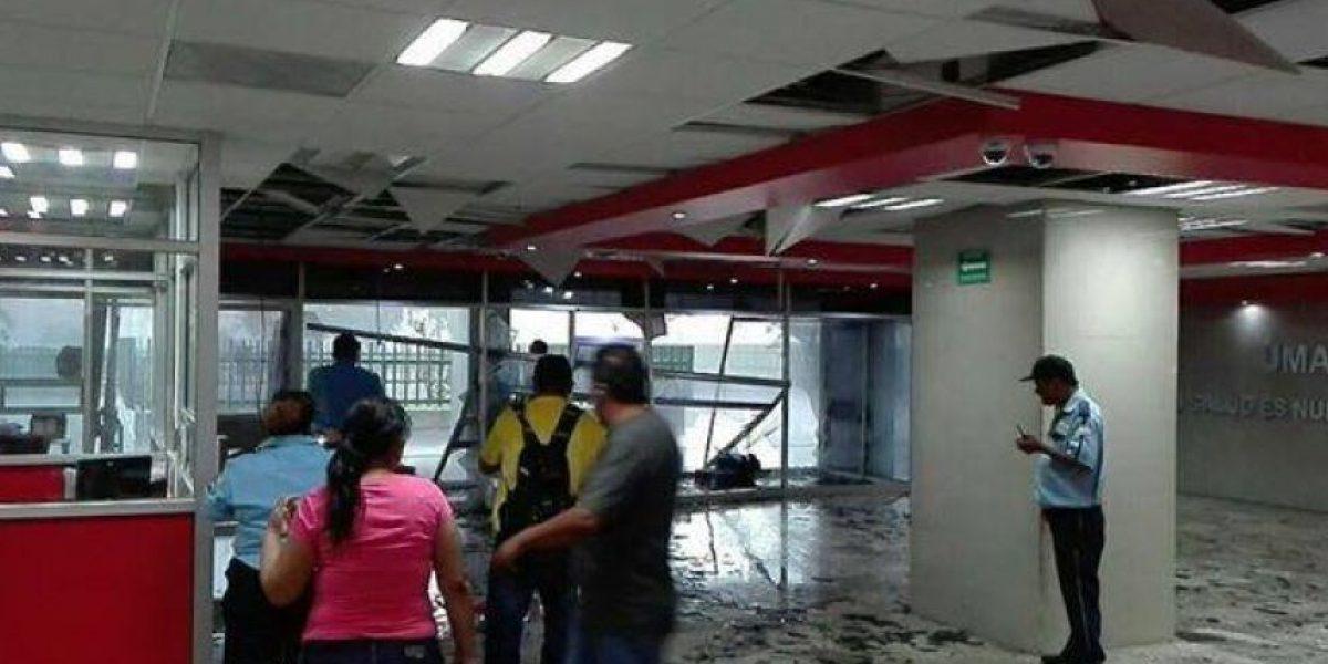 FOTOS: Mal tiempo provoca caos vial en zona metropolitana de Monterrey
