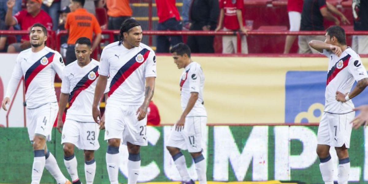 ¡Vuelven a humillar al Rebaño! Xolos golea 4-0 a Chivas en la Liga MX