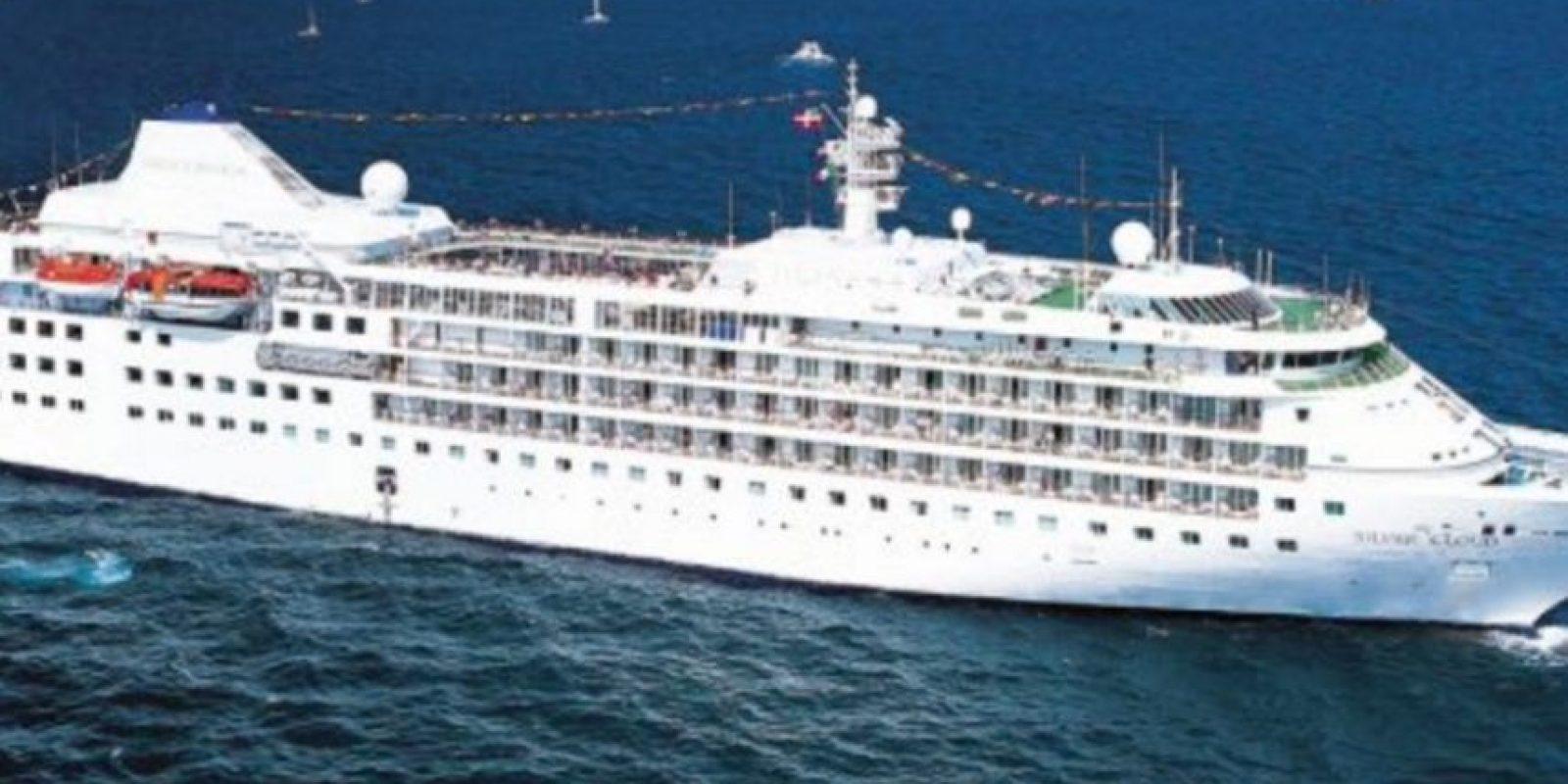 Así es el lujoso crucero Silver Cloud Foto:Vía twitter.com/muelleuno