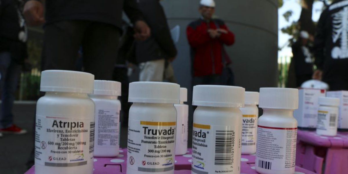 Comprar medicamentos por internet, el peligro a un click