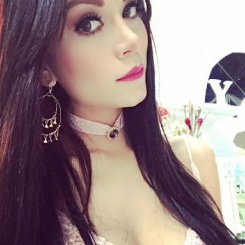 Chavana conductor de tv mexico - 3 4