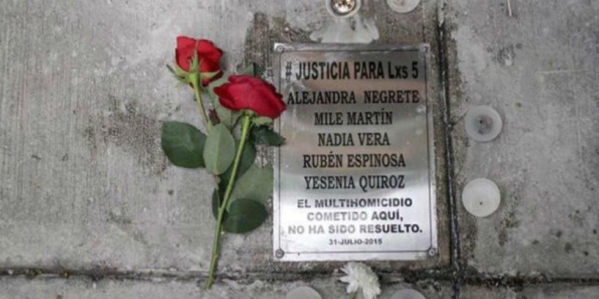 Quitan placa conmemorativa del multihomicidio en la Narvarte