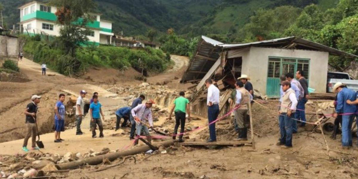 Suman 38 muertos por Earl; declaran emergencia en 3 municipios de Puebla
